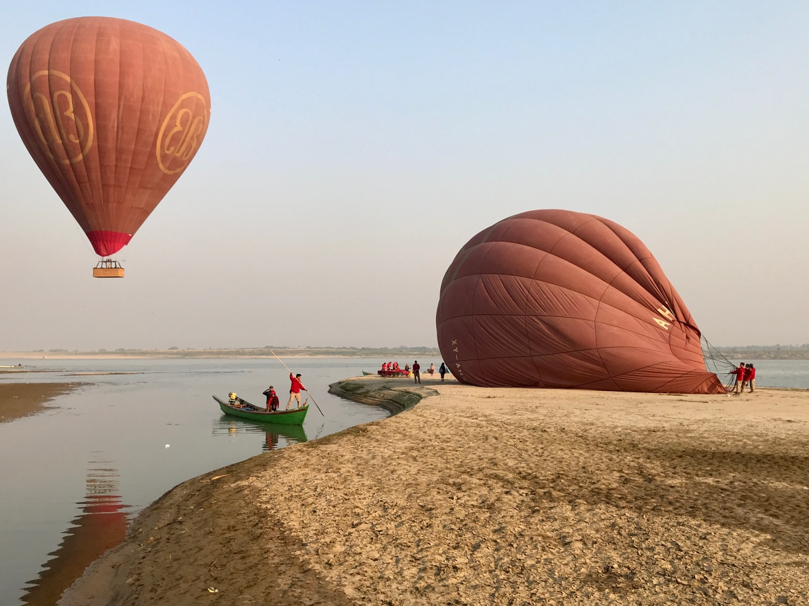 Balloon Over Bagan - Sandbank lnading